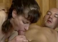 Donna matura penetrata dopo una massaggio
