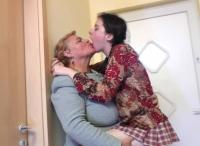 Sesso lesbo tra una matura e una giovane mignotta